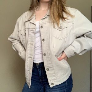 Levi's cream colored denim trucker jacket